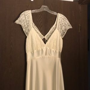 NWOT Jessica McClintock Ivory Wedding Dress.